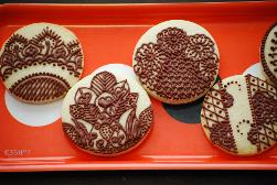 Cookies to grace henna ceremony - a perfect snack for the perfect bride!