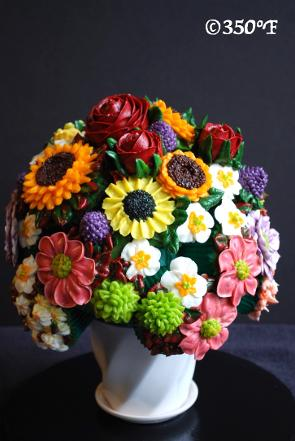a floral bouquet as a housewarming gift