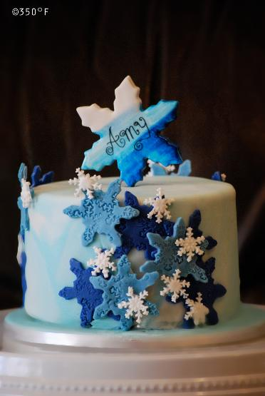 snowflake theme winter wonderland cake for Amy's 10th birthday